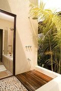 Modern-outdoor-shower-teak-floor