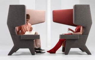 prooff-s-ear-chair-large2.jpg